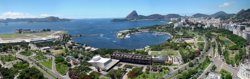 Photo of Aeroporto Santos Dumont, Gloria e Flamengo in Rio de Janeiro, Brazil