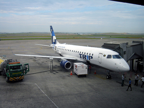 A photo of Embraer 175 of TRIP