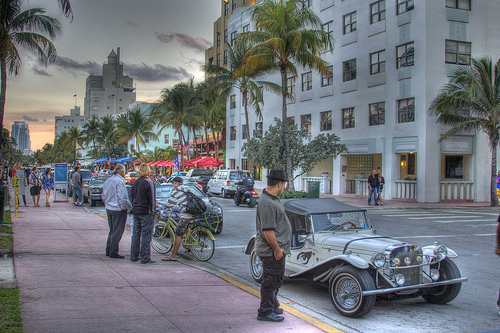 Photo of Ocean Drive in South Beach, Miami, Florida