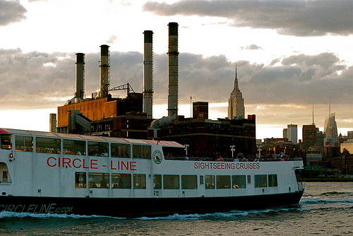 Photo of Circle Line and the Empire State Building, New York