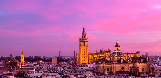Viaggio in Andalusia in Treno con Visita di Siviglia