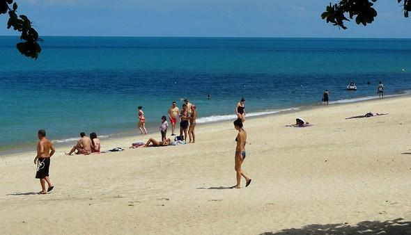 Sunny Day at Lamai Beach, Koh Samui, Thailand