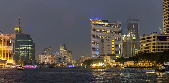 View of Bangkok Riverside, with Royal Orchid Sheraton (on the left) and Millennium Hilton (on the right), Bangkok