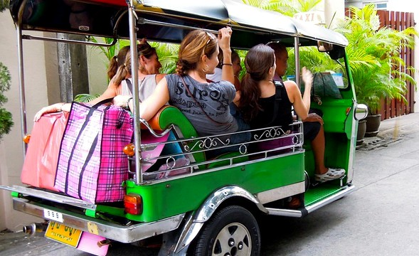Tuk Tuk in Rama 1 Road, Pathumwan, Bangkok