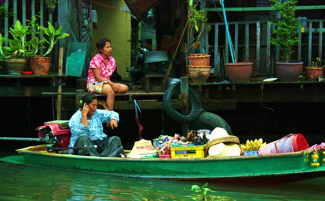 Klong in Thonburi, Bangkok, Thailand