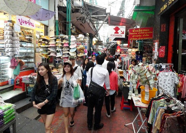 Sampang Lane, Chinatown, Bangkok, Thailand