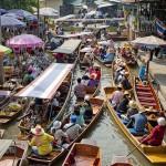 <b>Bangkok: le Escursioni Più Belle. I Mercati Galleggianti ed il Railway Market. La Gita ad Ayutthaya.</b>