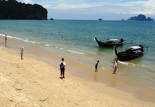 Ao Nang Beach, Boarding the Longtail to Railay, Krabi