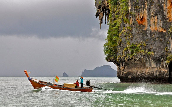 A Longtail and the Storm, Krabi
