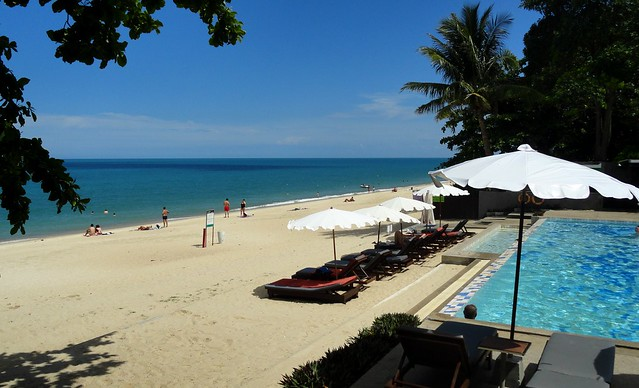 Hotel with Swimming Pool on Lamai Beach, Koh Samui, Thailand