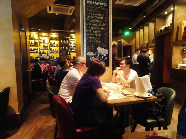 Guida a SoHo e Lan Kwai Fong, i Quartieri Dove Andare la Sera a Hong Kong