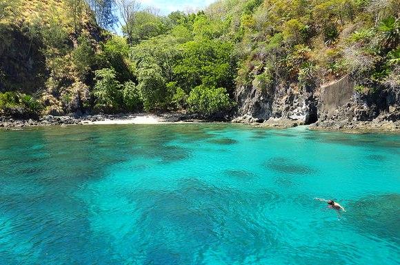 Le Spettacolari Spiagge Incontaminate di Nord-est Sulawesi in Indonesia