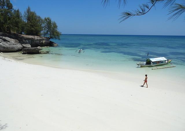 Pantai Liang Kareta, Pulau Pasi, Selayar Island, South Sulawesi, Indonesia