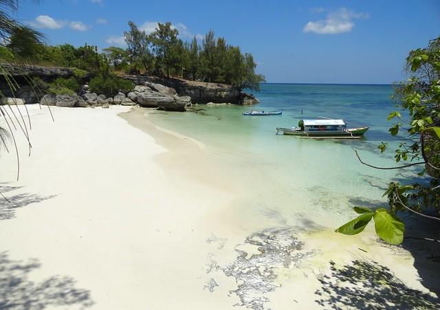 Pantai Liang Kareta, Pulau Pasi, West Coast of Selayar, South Sulawesi