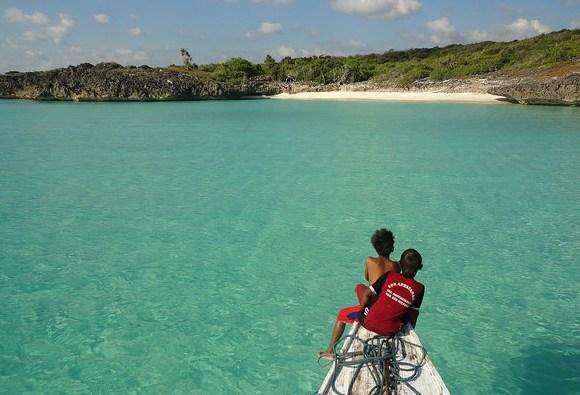 Le Sconosciute Spiagge di Pulau Bahuluang a Sulawesi