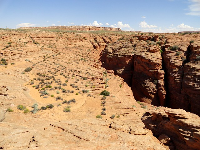 Approaching Upper Waterholes from the North Side of the Canyon, near Page in Arizona