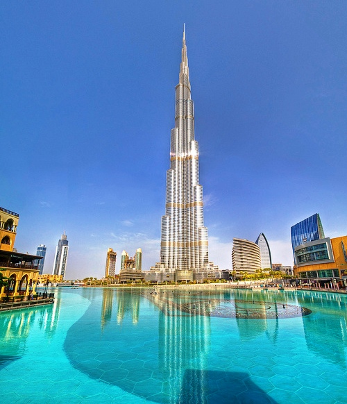 The fountain near burj khalifa check out the fountain for Dubai hotels near burj khalifa