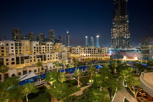Old Town, Souq Al Bahar and Khalifa Lake at Night, Downtown Dubai, Dubai, United Arab Emirates