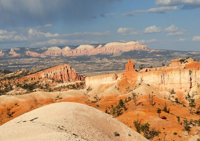 From Bryce Canyon looking to Barney Top Mesa and Grand Staircase-Escalante NM, Utah