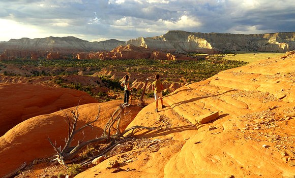 Shakespeare Arch and Sentinel Trail in Kodachrome Basin State Park in Utah