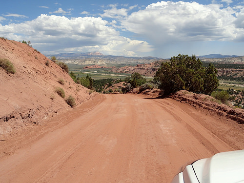 Skutumpah Road northern section and Paria River in Utah