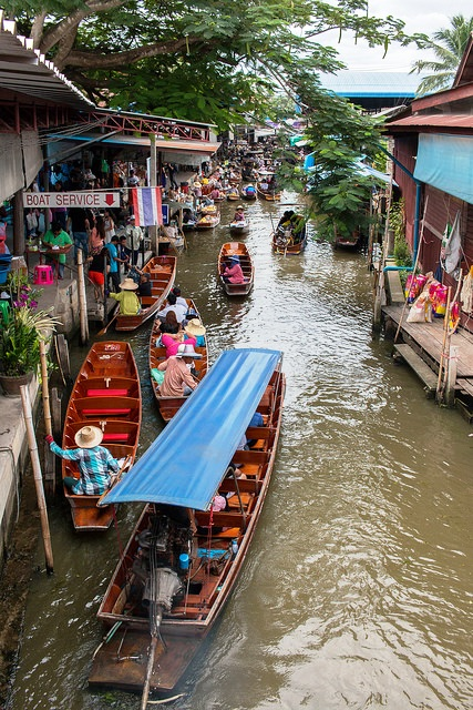 Tour to Damnoen Saduak Floating Market, South-west of Bangkok, Thailand
