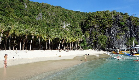 7 Commando Beach, Bacuit Bay, El Nido, Palawan, Philippines