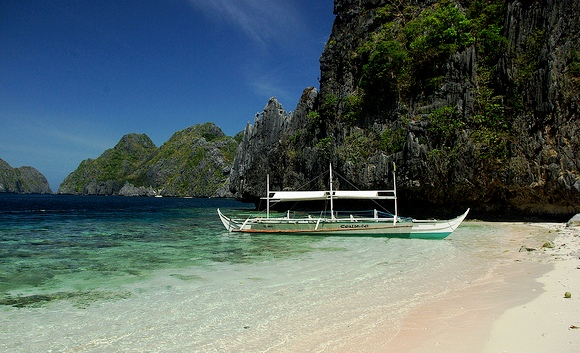Island Hopping in Bacuit Bay, El Nido, Palawan, Philippines