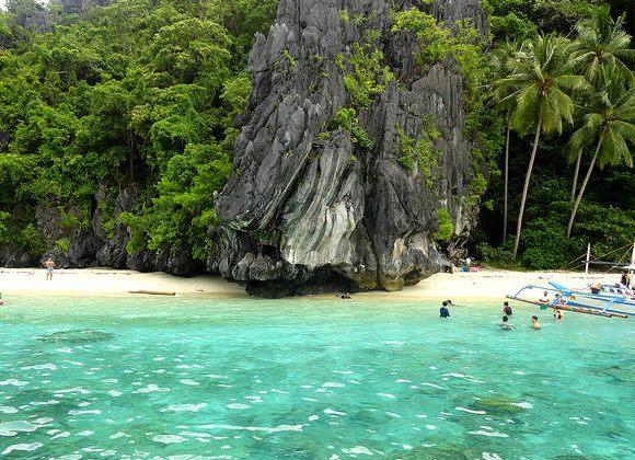 Guida a El Nido, il Mare Più Bello di Palawan: Come Arrivare, Cosa Fare, il Clima