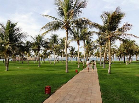 Garden, Al Bustan Palace, a Ritz Carlton Hotel, Muscat, Oman