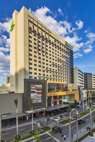 Holiday Inn & Suites Hotel Makati, Manila