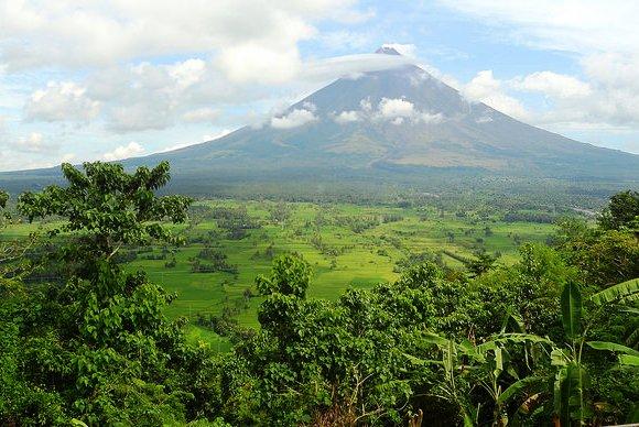 Mayon Volcano from Lignon Hill, Legazpi City, Albay, Philippines