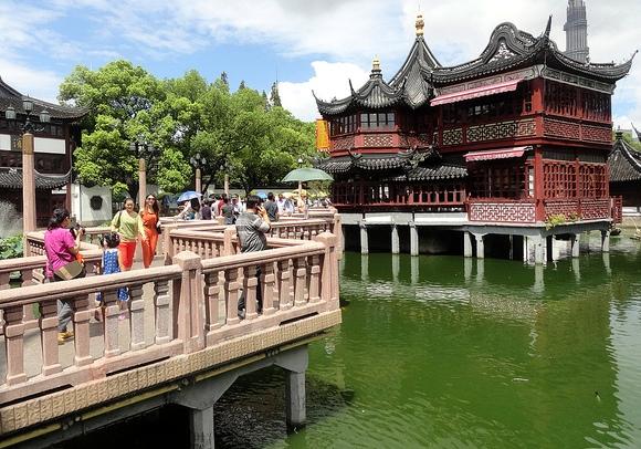 Mid-Lake Pavilion, Yuyuan Garden, Shanghai