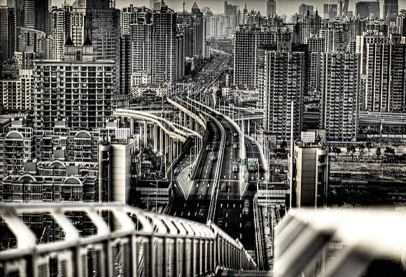 Guida ai Trasporti a Shanghai: Come Utilizzare Metropolitana e Taxi