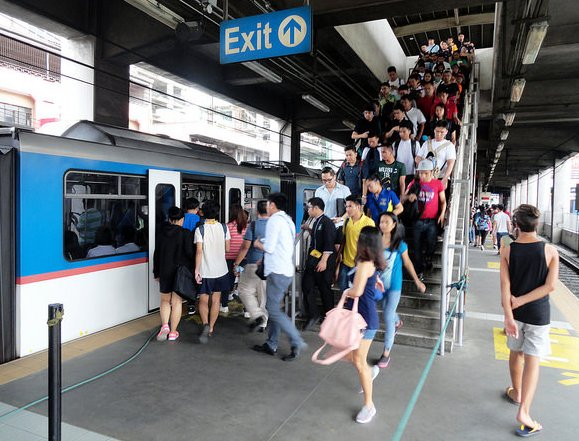 Taft MRT 3 Station, Manila, Philippines
