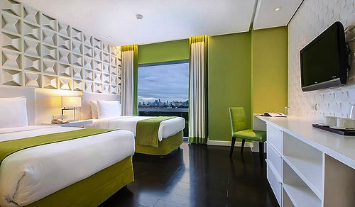 Superior Room with a View, The Bayleaf Hotel, Manila