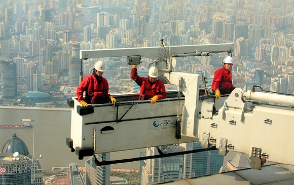 Window Cleaners from Sky Walk 97, SWFC, Pudong, Shanghai