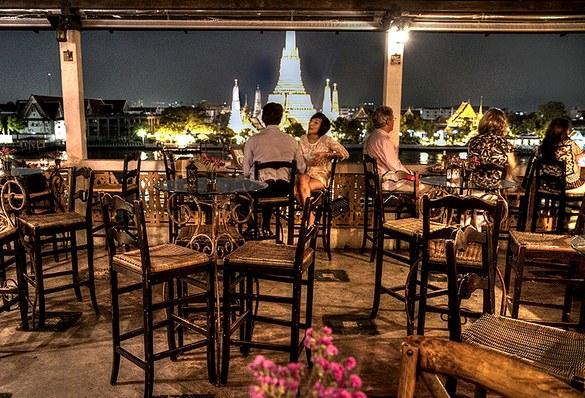 Amorosa Bar and Wat Arun, Arun Residence, Rattanakosin, Bangkok