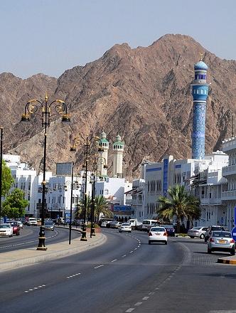 Corniche and Masjid Al Rasool Mosque, Mutrah, Muscat, Oman