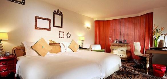 Deluxe Room, The Luxe Manor, Tsim Sha Tsui, Kowloon, Hong Kong