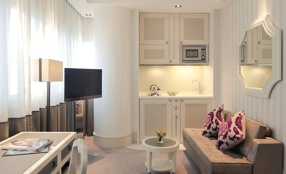 Deluxe Room Living, Lanson Place, Causeway Bay, Hong Kong Island