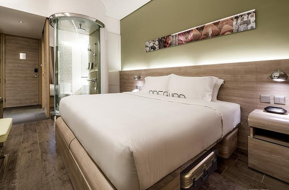 W Room, Lodgewood by Nina Hospitality Mongkok, Kowloon, Hong Kong