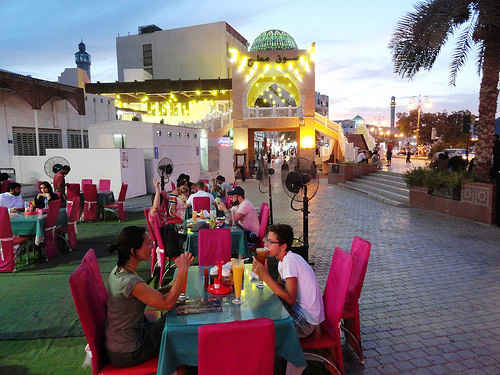 Open Air Restaurants and the Souq Entrance, The Corniche, Mutrah, Muscat, Oman