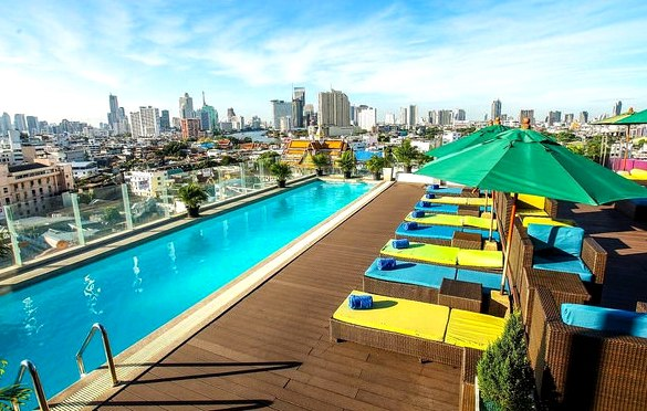 Rooftop Swimming Pool, Royal Bangkok at Chinatown, Bangkok, Thailand