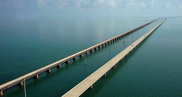 Seven Mile Bridge looking North towards Marathon, Florida Keys, South Florida