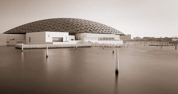 Day Tour of Louvre Abu Dhabi Museum from Dubai