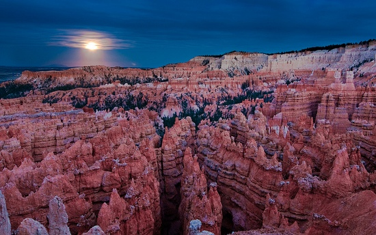 Full Moon, Bryce Canyon National Park, Utah, United States of America