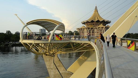 New Sarawak State Legislative Assembly Building and Darul Hana Bridge, Kuching, Sarawak, Malaysian Borneo