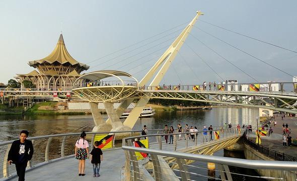 New Sarawak State Legislative Assembly Building from Darul Hana Bridge, Kuching, Sarawak, Malaysian Borneo