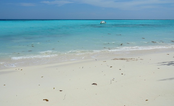 The Beach, Pulau Mantanani, Sabah, Malaysia